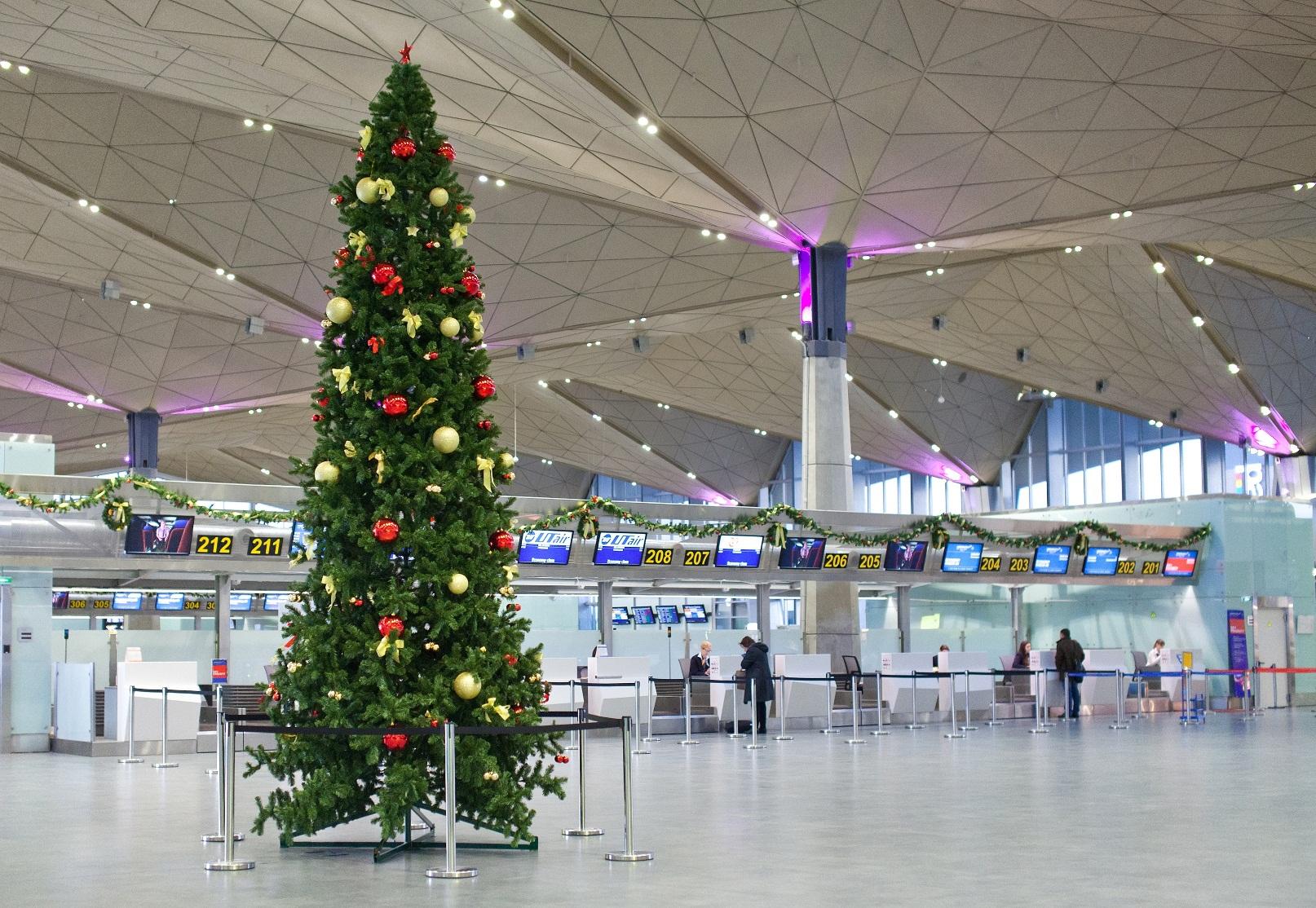 Авиабилеты на новогодние праздники из Санкт-Петербурга